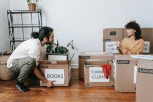 Selling to an investor can extend occupancy to avoid moving in a rush
