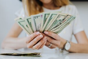 Selling your house to a cash home buyer in Tucson