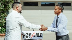 We buy and sell homes in Tucson Arizona