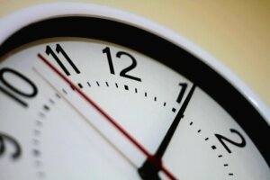 Avoid long waiting timeframe when selling house with a professional home buyer