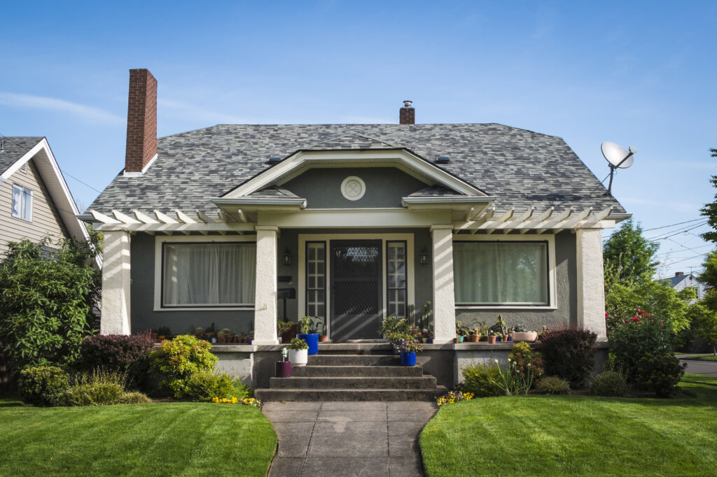 buy a house in Coos Bay w/ Mastco Properties