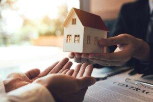 we buy properties in Oneida WI