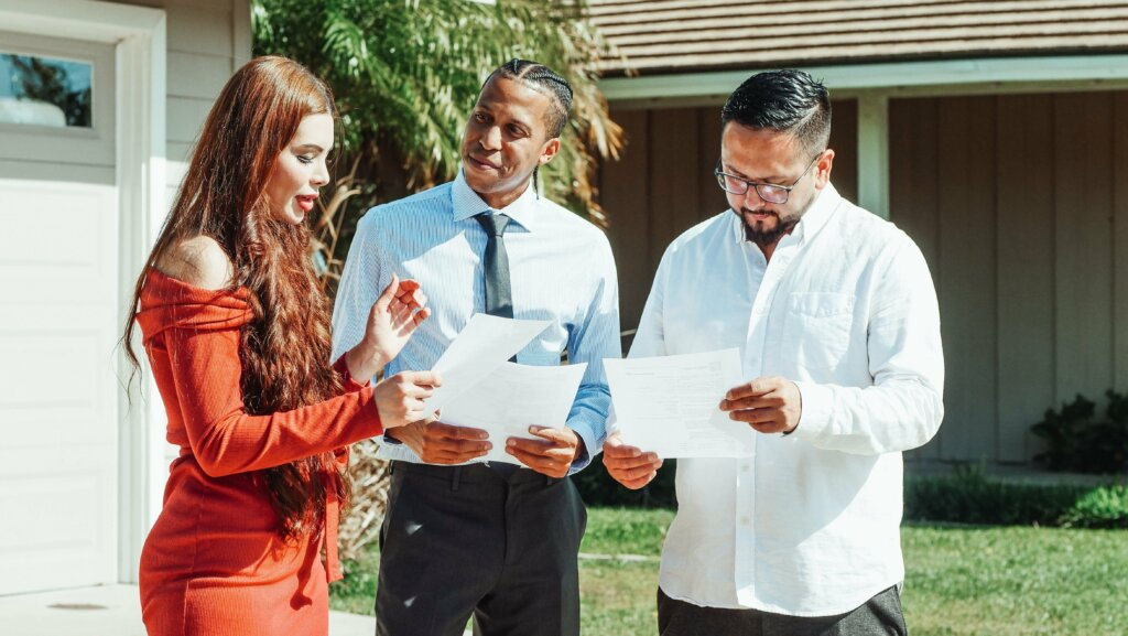 Sell your house fast with a real estate agent