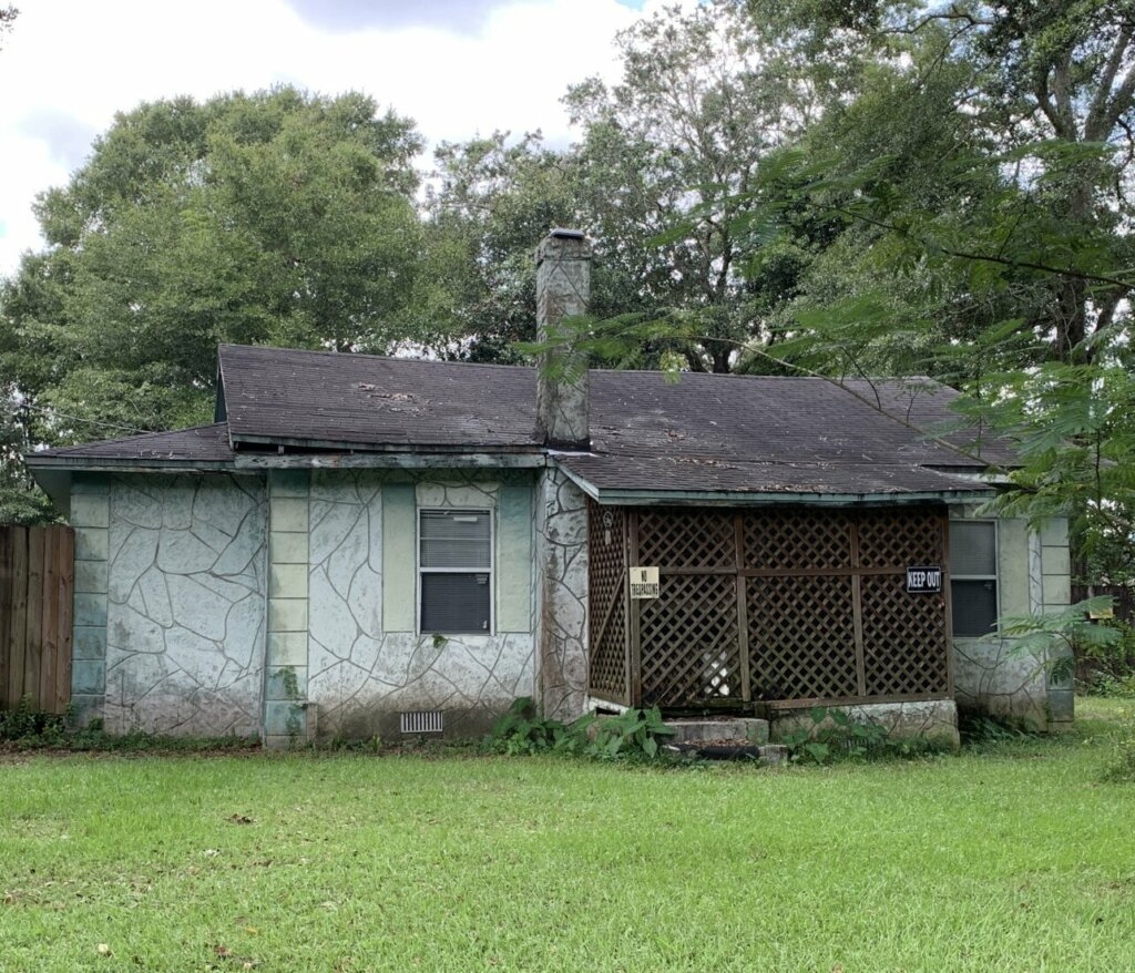 We buy houses in any condition