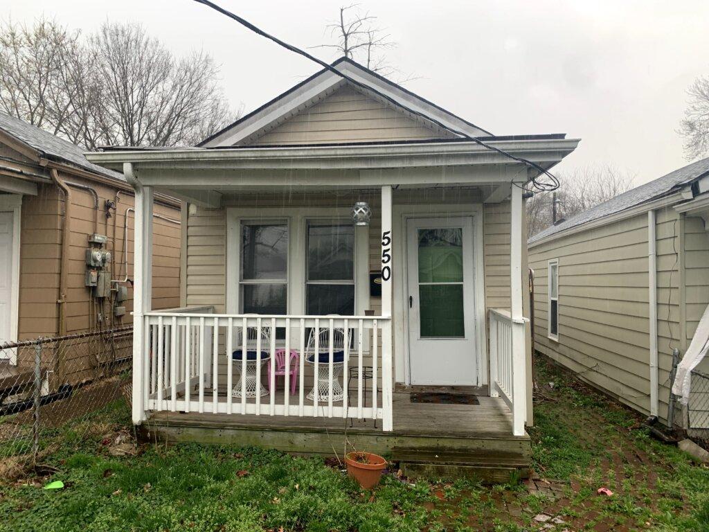 we buy houses in Louisville Kentucky for cash