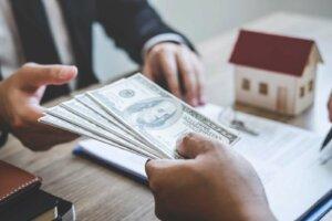 Lenexa KS house buyers