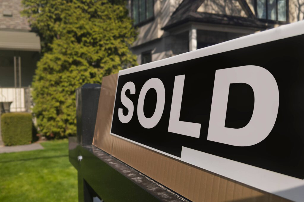 Sold-Real-Estate-Sign-State-of-the-Current-NJ-Market