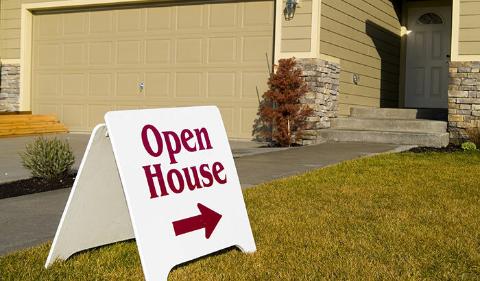 3 Expert Tips to Host the Best Open House in Texas
