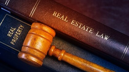 find a real estate attorney