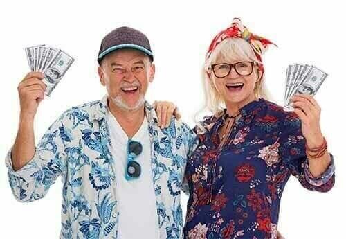 Sell My House Fast Winnipeg MB Couple Holding Cash