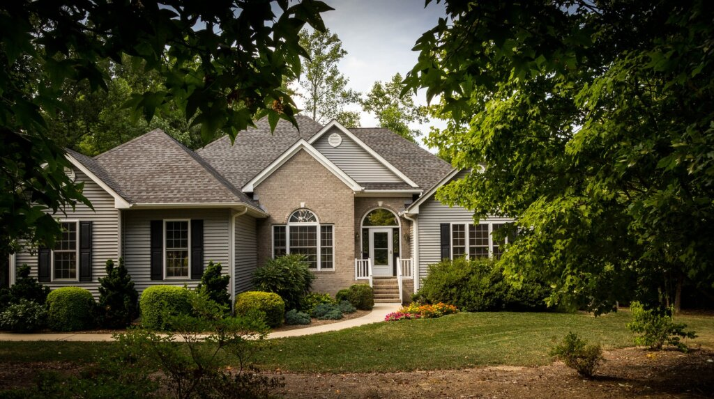 We buy houses in Leawood, KS. Find out more today!