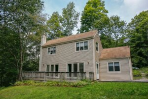 Tom Buys Houses in Leyden MA 978-248-9898