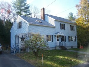 Tom Buys Houses in New Salem MA 978-248-9898