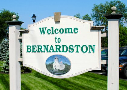 Tom Buys Houses in Bernardston MA 978-248-9898