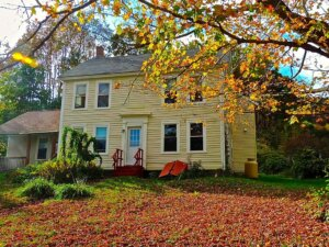 Tom Buys Houses in Buckland MA 978-248-9898