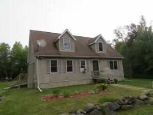 Tom Buys Houses in Goshen MA 978-248-9898