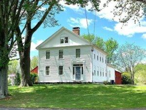Tom Buys Houses in Hadley MA 978-248-9898