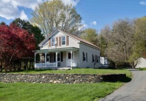 Tom Buys Houses in Haydenville MA 978-248-9898