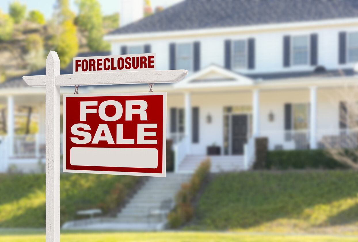 Purchasing Foreclosed Homes