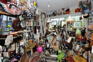 Miami House Not Selling Due To Clutter