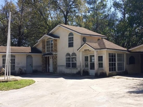 selling a house in probate 32205