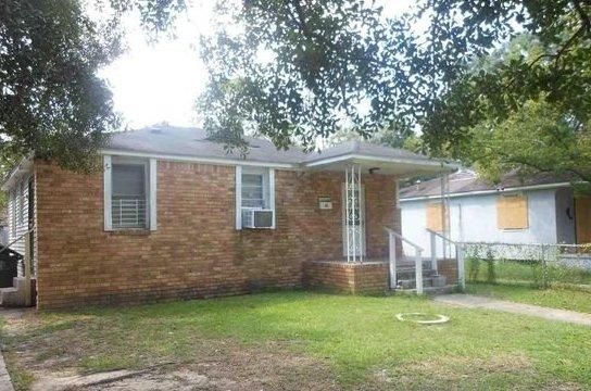 house buyers 70884