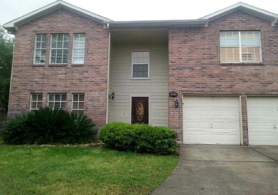 rent to own Tomball, TX Beauty front facade