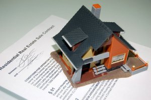 whats the difference between lease option and owner financing