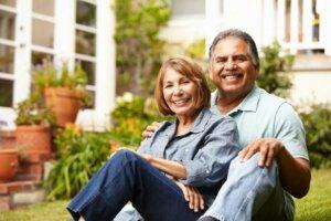 re-happy-retired-couple