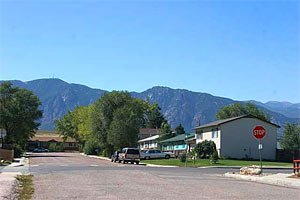 we buy houses stratmoor colorado