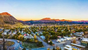 companies who buy houses fast in Durango CO