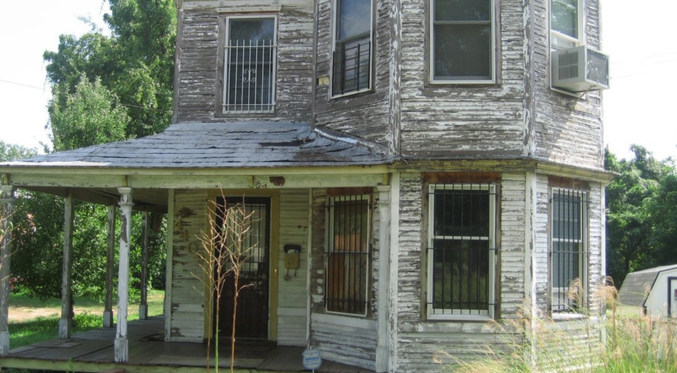 how to sell an ugly house without making repairs in colorado