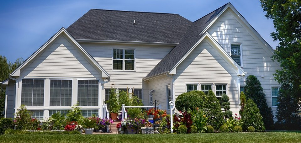 Summer Home Selling Tips in Bridgeport CT