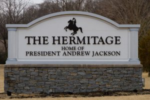 hermitage_sign