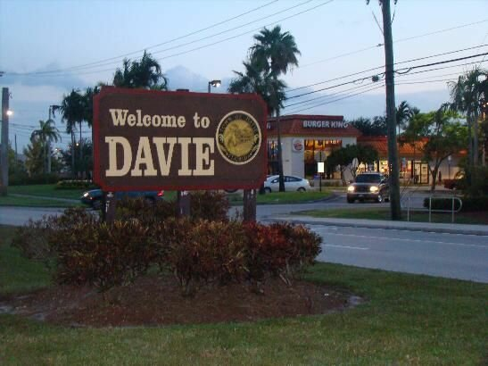 we-buy-houses-fast-davie