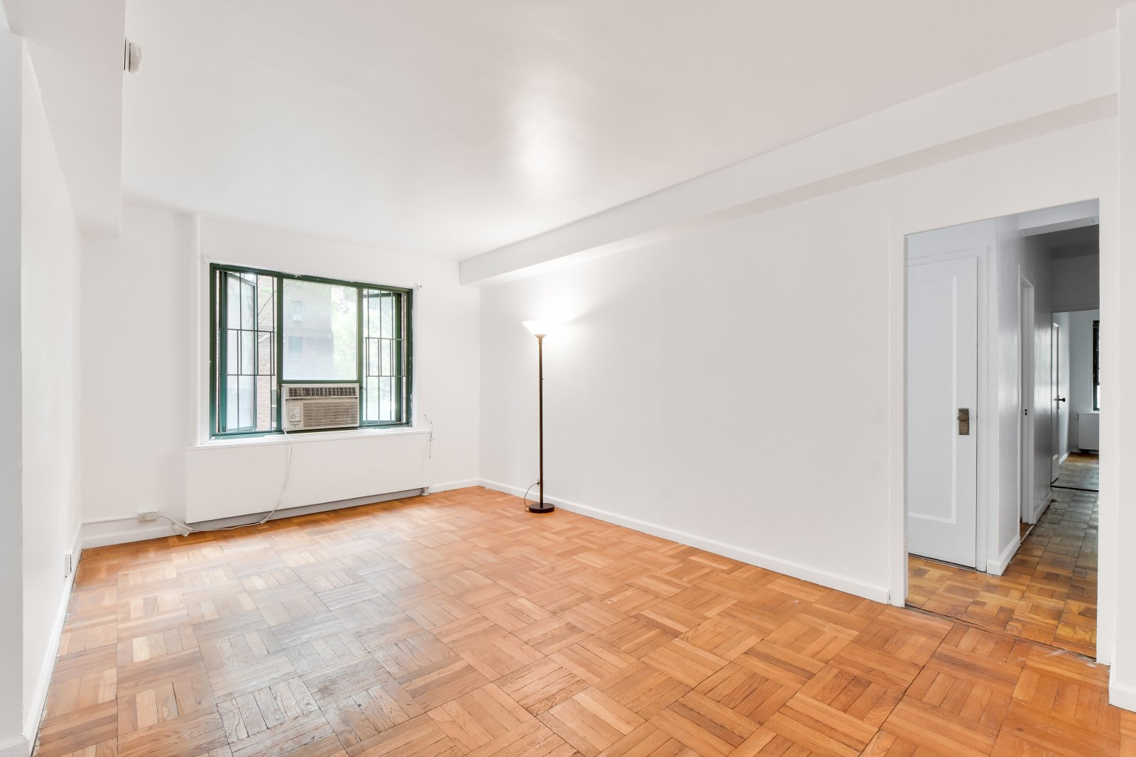 2160eTremont1e property for sale in NY